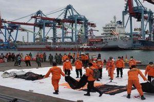 Phát hiện thân máy bay Indonesia mất tích dưới đáy biển