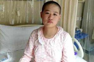 Con gái mới 11 tuổi đã phải dùng thuốc tránh thai hàng ngày, mẹ đau lòng tiết lộ lý do khiến ai cũng thương xót