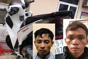 Công an xã tuần tra, bắt giữ đối tượng trộm cắp xe máy