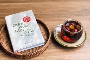 Thợ trà nổi tiếng viết về thú vui bình dị của người Việt