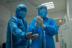Hai người Nga từng mắc Covid-19 sẽ được xét nghiệm lại