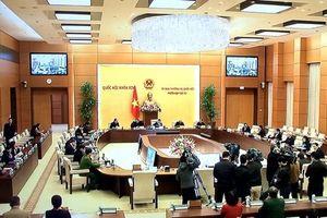 Bế mạc phiên họp thứ 52 của Ủy ban Thường vụ Quốc hội