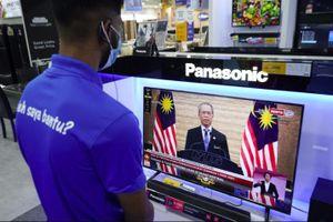 Malaysia ban bố tình trạng khẩn cấp, thủ tướng tạm thoát nguy cơ mất chức
