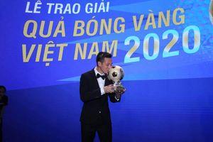 Văn Quyết giành Quả bóng vàng Việt Nam 2020