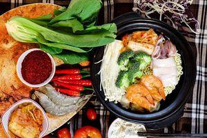 Công thức nấu mì cay hải sản ngon chuẩn vị Hàn Quốc