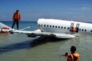 Đã tìm thấy hộp đen chiếc máy bay Boeing chở 62 người gặp nạn ở Indonesia