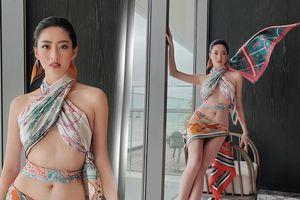 Khoe ảnh diện bikini, Lương Thùy Linh 'hớp hồn' fan bởi đôi chân 'cực phẩm', thắt eo con kiến