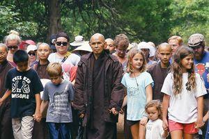 10 nhận định về sự phát triển của đạo Phật ở phương Tây