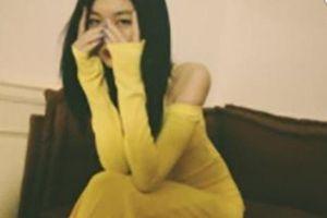 Con gái hở hàm ếch của Vương Phi gây ngỡ ngàng vì hình ảnh trưởng thành gợi cảm ở tuổi 15