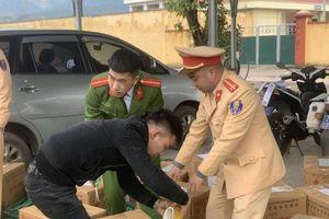 Chặn gần nửa tấn pháo lậu trên cao tốc Nội Bài – Lào Cai