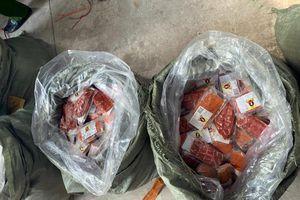 Hà Nội: Phát hiện số lượng lớn hàng thực phẩm nhập lậu
