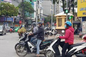 Bắt bệnh xe máy 'lười' khởi động vào mùa đông