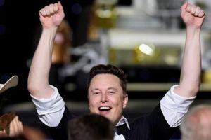 Elon Musk quay trở lại vị trí người giàu nhất thế giới