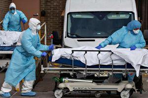 Mỹ lần đầu ghi nhận gần 4.500 người chết vì Covid-19 trong một ngày