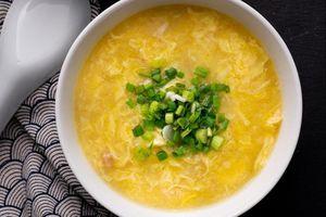 Món súp gà trứng dễ làm cho mùa đông