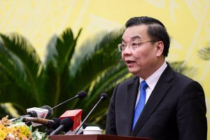 Không dự họp đầy đủ, lãnh đạo 18 đơn vị bị Chủ tịch Hà Nội phê bình