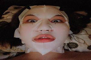 Lộ ảnh đắp mặt nạ, hot girl Trâm Anh khiến dân tình hú vía