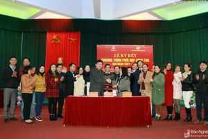 Ký kết phối hợp tuyên truyền và tiếp nhận phóng viên giữa Liên đoàn Lao động tỉnh và Báo Nghệ An