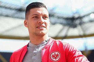 Luka Jovic gia nhập Frankfurt