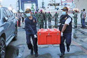 Hé lộ thông tin quan trọng vụ máy bay chở 62 người gặp tai nạn thảm khốc ở Indonesia