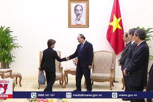 Thủ tướng tiếp Đại sứ Singapore chào từ biệt