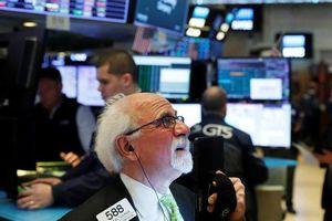 Nhà đầu tư đặt kỳ vọng vào kích cầu, chứng khoán Mỹ tăng điểm