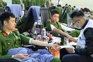 Học viện CSND hiến hơn 1.200 đơn vị máu