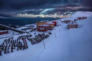 Hé lộ cuộc sống thú vị ở 2 khu định cư của Nga trong vùng Bắc cực của Na Uy