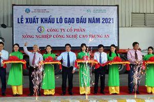 Việt Nam xuất khẩu lô gạo 1.600 tấn sang Malaysia và Singapore