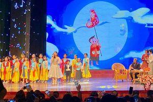 Sẽ làm mới và phát triển bài hát thiếu nhi của nhạc sĩ Phạm Tuyên