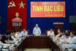 Bộ trưởng Bộ GD&ĐT kiểm tra triển khai chương trình GDPT mới tại tỉnh Bạc Liêu