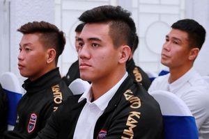 HLV Phan Thanh Tùng lấy lại băng đội trưởng của Tiến Linh