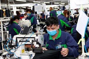 Làm thêm giờ thế nào để bảo đảm quyền lợi người lao động?