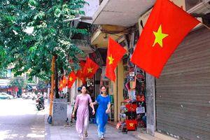 Hà Nội ra thông báo về việc treo cờ Tổ quốc vào các dịp đặc biệt