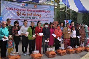 Mang Tết đến cho người nghèo ở Bình Phước