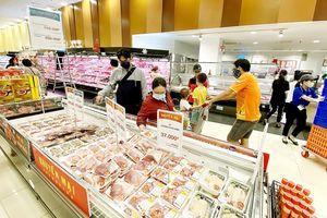Thị trường thịt heo tết: Nguồn cung phong phú, giá không ổn định