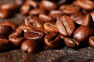 Giá cà phê đảo chiều tăng mạnh trở lại