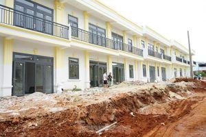 26 căn nhà bỗng dưng 'mọc' giữa phố: Chủ đầu tư khẳng định làm đúng