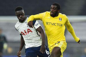 Phung phí cơ hội, Tottenham bị cầm chân ngay tại sân nhà