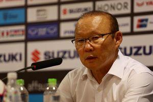 Đội bóng Thái Lan 'dọa' kiện thủ môn Đặng Văn Lâm: HLV Park Hang Seo có lo?