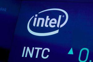 CEO Intel từ chức giữa lúc công ty trải qua nhiều biến cố lớn