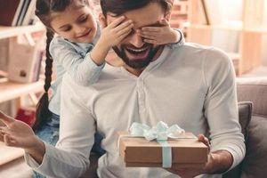 Gợi ý những món quà sinh nhật tặng bố ý nghĩa nhất