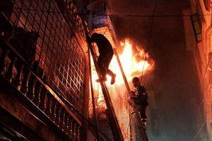 Nữ sinh lớp 9 tử vong sau vụ cháy nhà