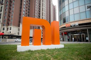 Bị Mỹ cấm vận, Xiaomi có trở thành Huawei thứ 2?