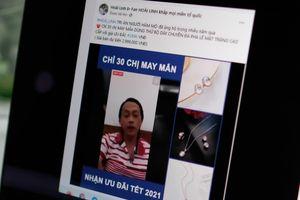 Hoài Linh lên tiếng khi bị lấy ảnh để bán hàng trên Facebook