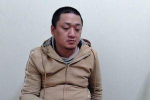 Đồn Biên phòng Phú Lộc bắt giữ các đối tượng vận chuyển pháo lậu, bình xịt hơi cay
