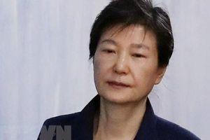 Y án 20 năm tù đối với cựu Tổng thống Hàn Quốc