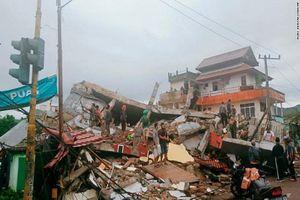 Tan hoang hiện trường động đất ở Indonesia, hàng trăm người thương vong