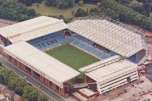 Thêm một trận đấu tại Premier League bị hoãn vì dịch Covid-19
