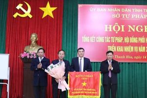 Thanh Hóa: Ngành Tư pháp vinh dự được nhận cờ thi đua của Bộ Tư pháp năm 2020